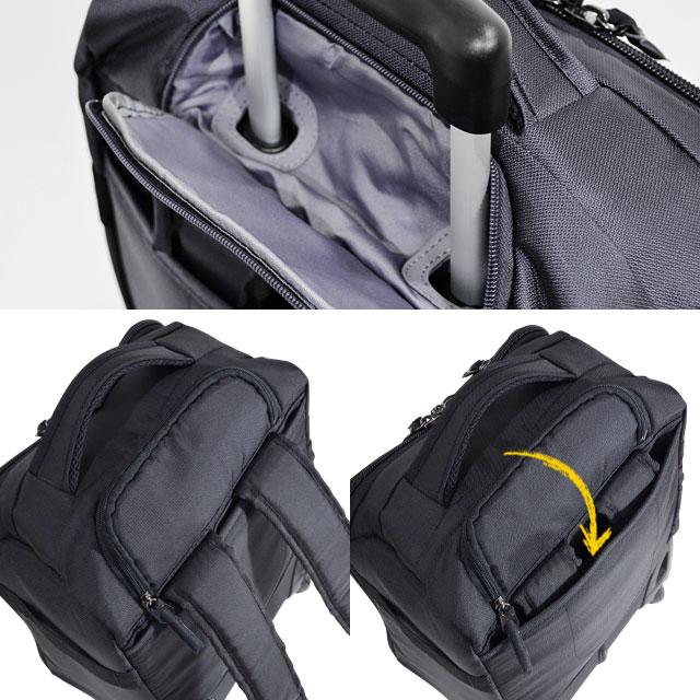 本体背面には収納式のキャリー伸縮ハンドル リュックベルトはポケットに折りたたんで収納可能